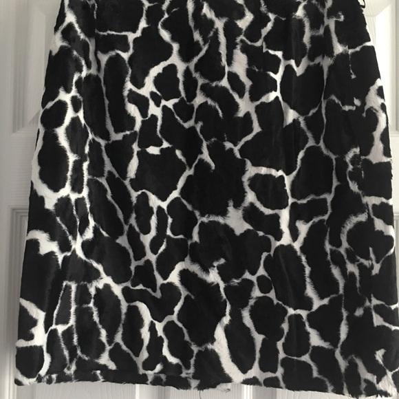 Adrienne Vittadini Dresses & Skirts - Skirt